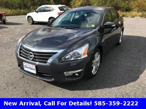 Pre-Owned 2013 Nissan Altima 3.5 SV