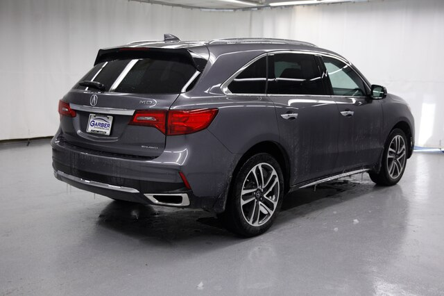 Certified Pre-Owned 2017 Acura MDX SH-AWD with Advance Package