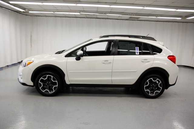 Pre-Owned 2015 Subaru XV Crosstrek 2.0i Limited